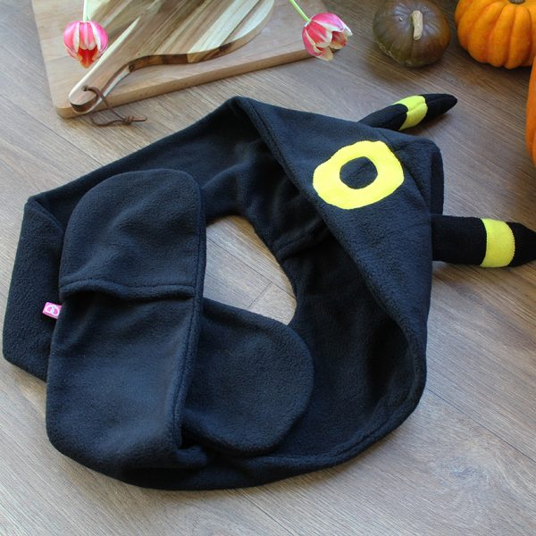 Umbreon scarf hood