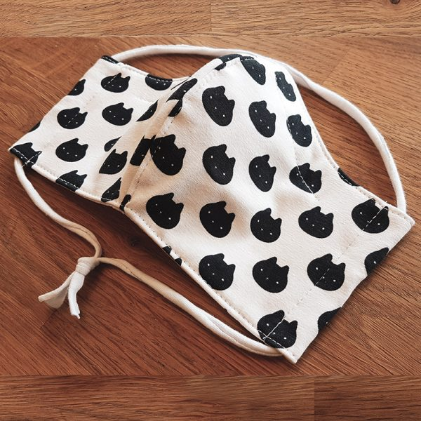 Fabric facemask White polkadot cats print
